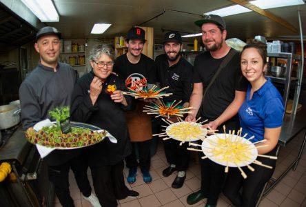 La cuisine «trad» en clôture de la saison du Village québécois d'antan