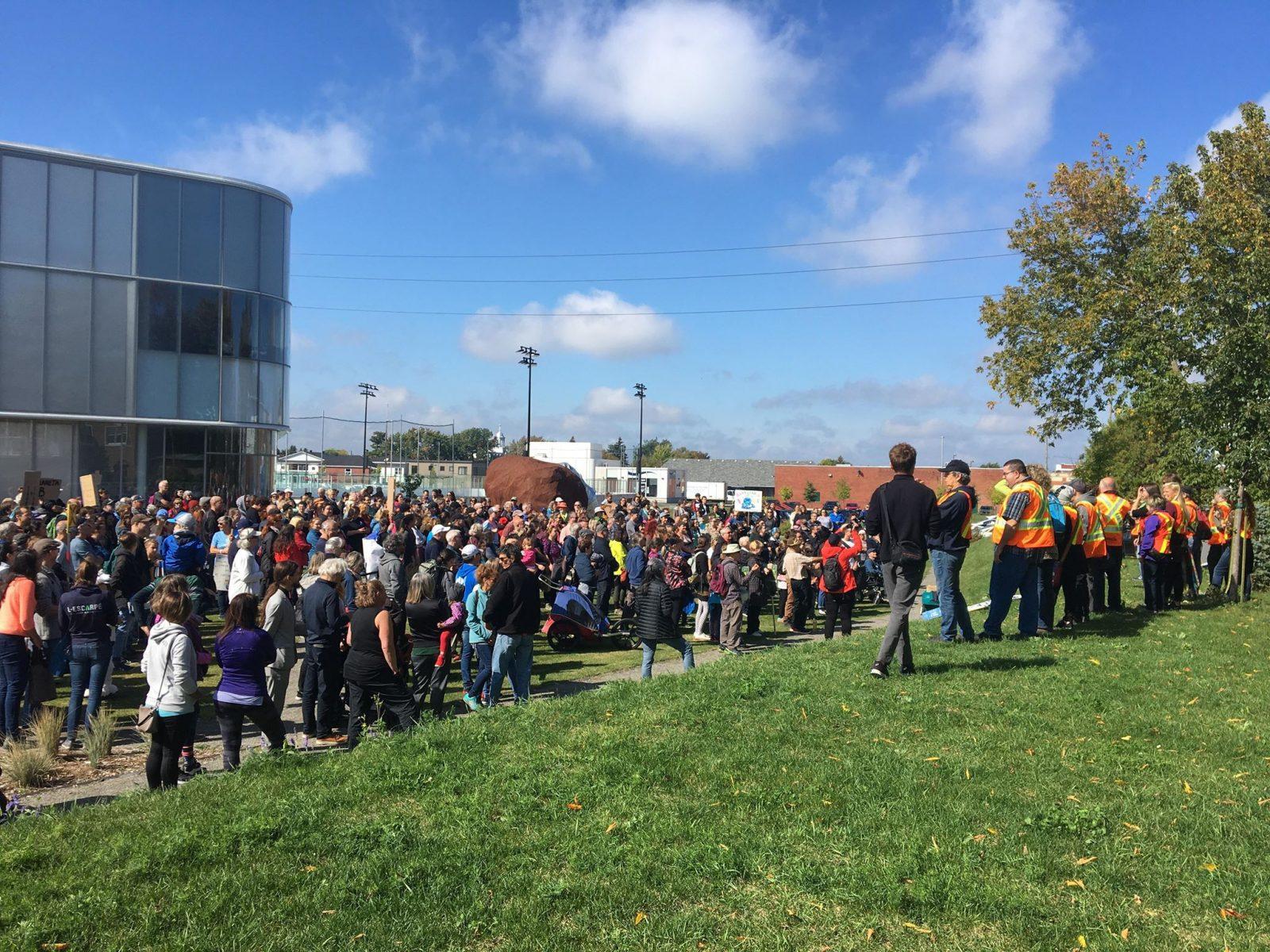 La Marche pour le climat se met en branle à Drummondville (vidéos)