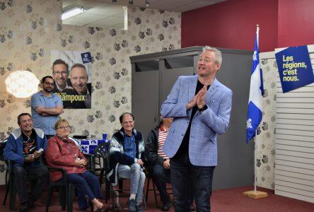 Martin Champoux transmet ses engagements pour la campagne électorale