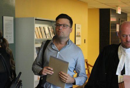 Procès de Vincent Simard : «Quand ça arrivait, je figeais»