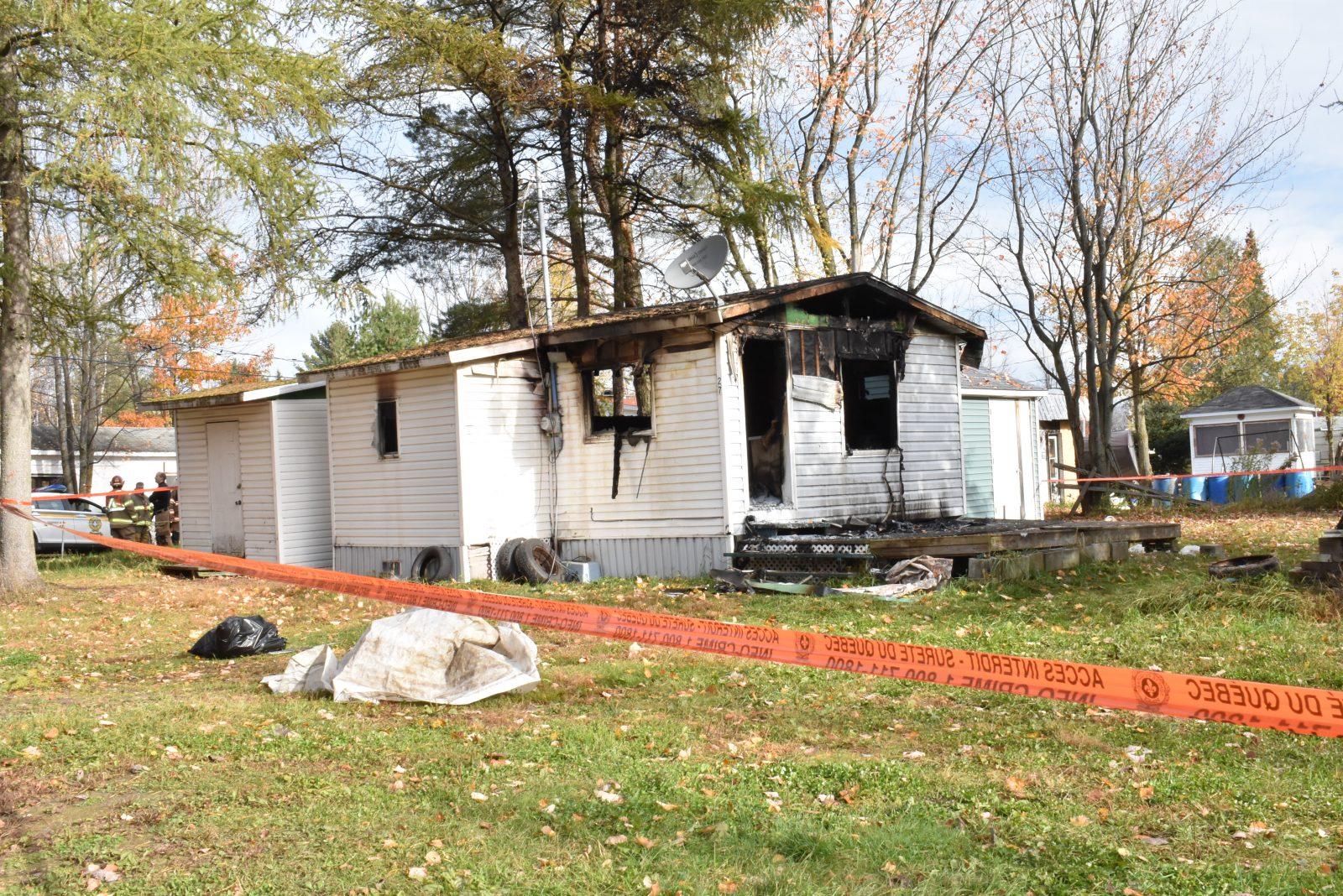 Une résidence incendiée au camping Adam et Ève