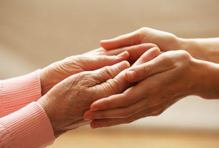 Un concours pour reconnaître le dévouement des proches aidants