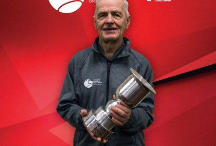 Jean-Pierre Sévigny parmi les bâtisseurs du tennis drummondvillois
