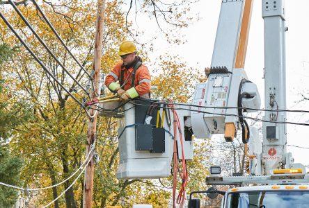 Près de 4000 clients de Drummond toujours privés d'électricité