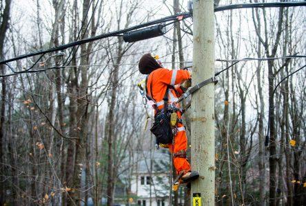 Toujours 1 609 foyers sans électricité dans Drummond