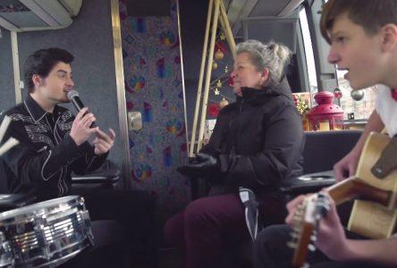 Un taxi pas comme les autres pour Noël (vidéo)