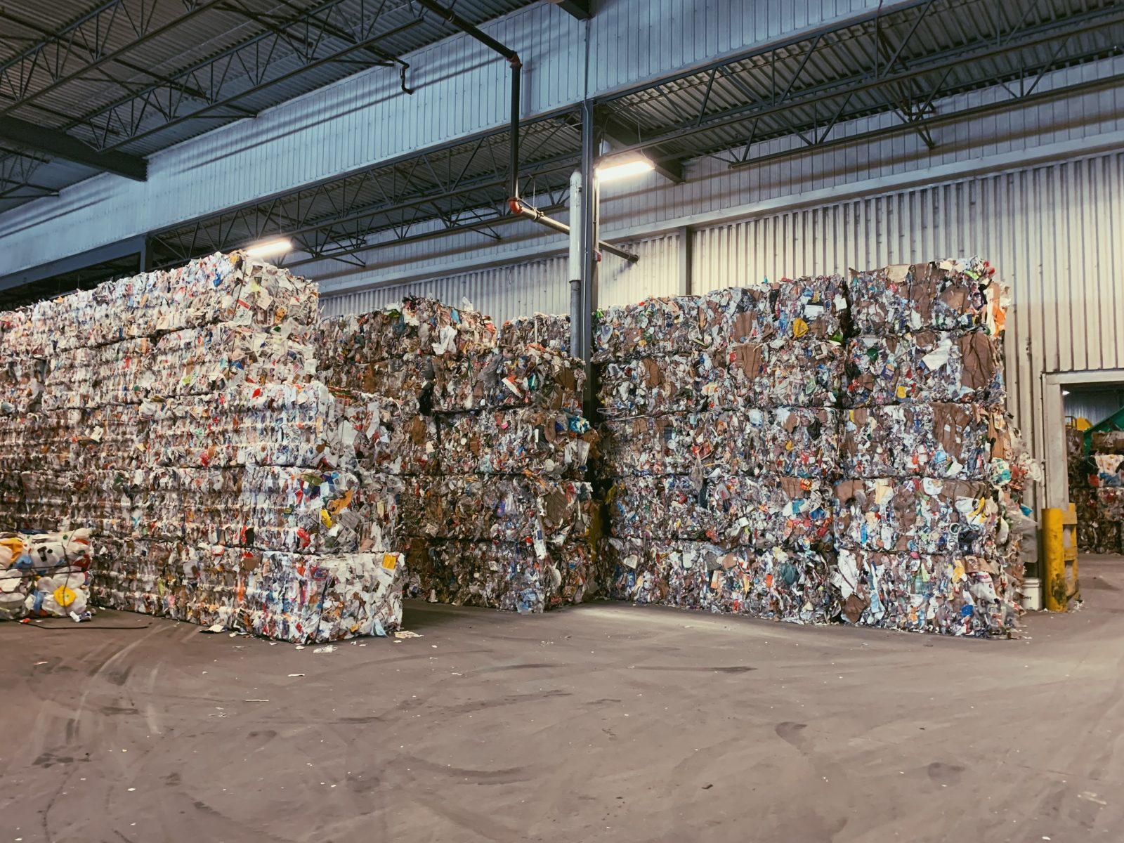 Crise du recyclage: le centre de tri drummondvillois tire son épingle du jeu