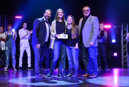 Cégep en spectacle: Élisa Thériault et Rachel St-Laurent passent à un autre niveau