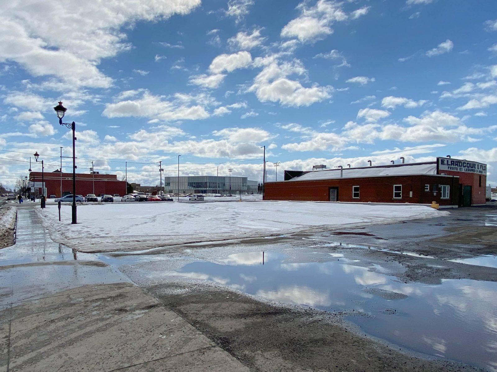 La Ville achète un terrain sur la rue Lindsay