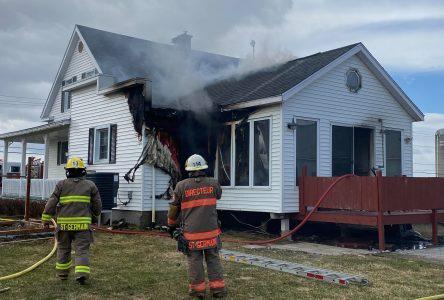 Un feu de cuisson cause des dommages à une propriété de Saint-Germain (mise à jour)