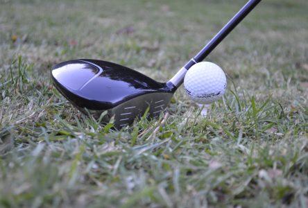 Soulagement pour les intervenants du golf et du tennis