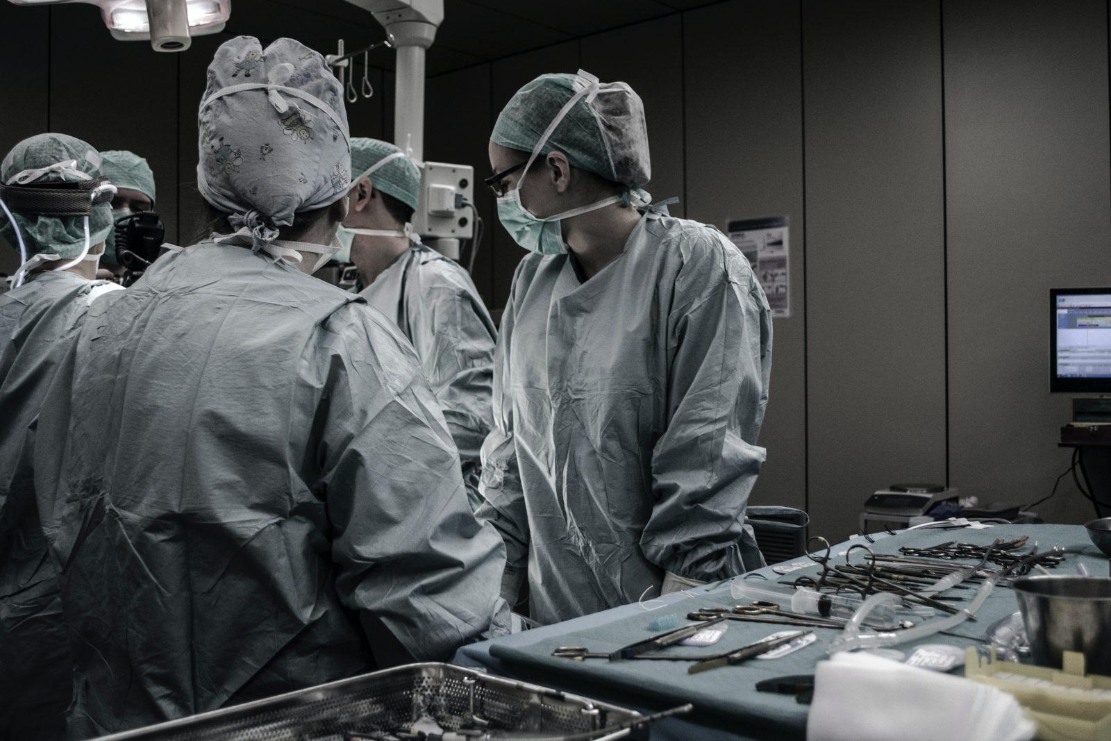 Les chirurgies moins urgentes pourront être reprises