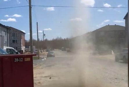 Une mini tornade à Drummondville (vidéo)