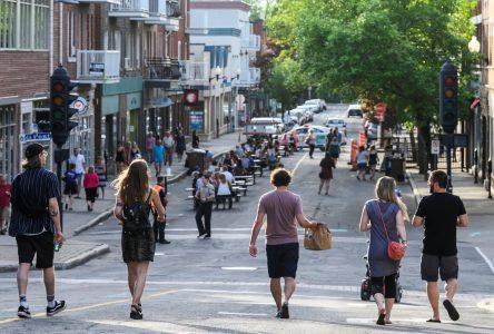 Terrasses : Drummondville allège sa réglementation