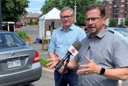 Internet dans Drummond: Blanchet somme Ottawa d'agir