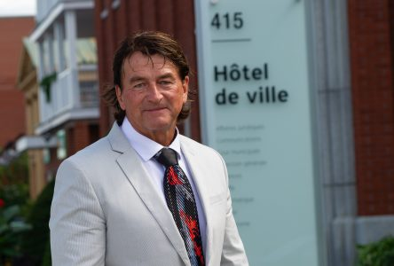 Élection partielle : Alain Carrier officiellement candidat à la mairie