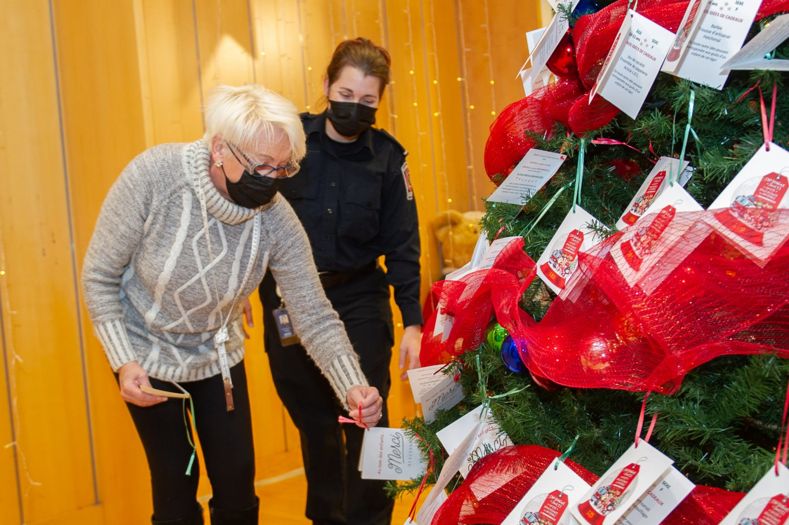 Un cadeau de Noël pour des enfants en milieu vulnérable