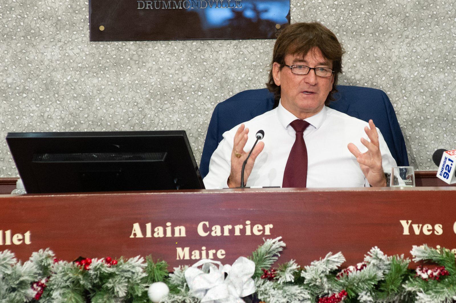 Alain Carrier se réjouit que la vaccination débute cette semaine
