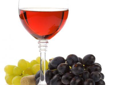 Boire de l'alcool pour tuer les microbes? Faux