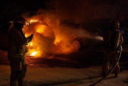 Incendie de véhicule : trois suspects arrêtés