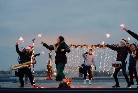 Le Cégep de Drummondville répand la magie de Noël (vidéo)