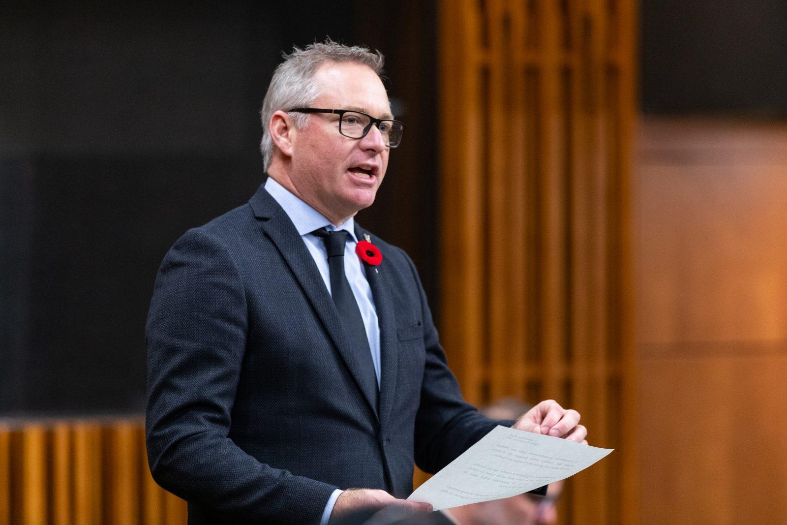 Élections fédérales : Martin Champoux compte briguer un second mandat