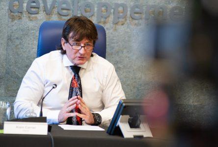 Le maire Carrier veut reporter le premier versement des taxes municipales