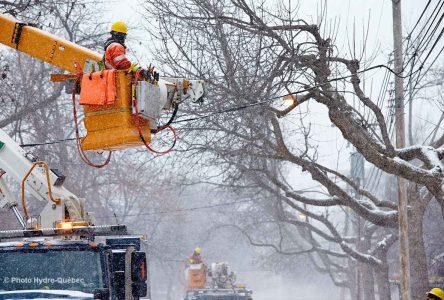 Environ 2 000 clients privés d'électricité ce matin