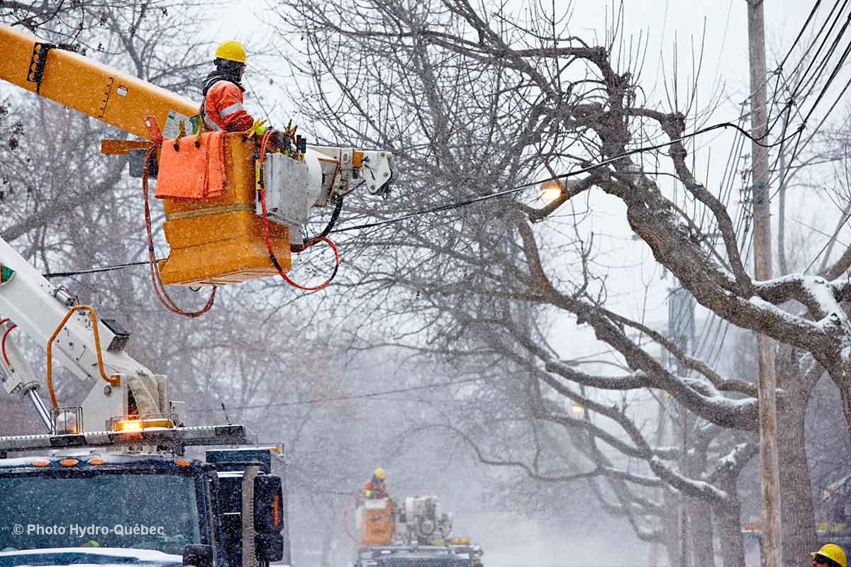 Plus de 2 000 foyers privés d'électricité dans Drummond