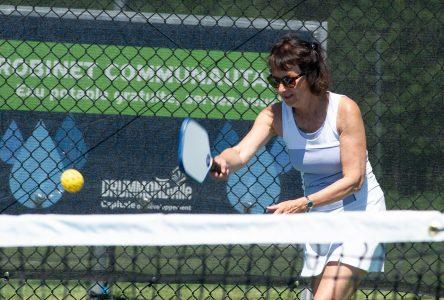 «Pickleball» ou «tennis léger»: le débat est lancé