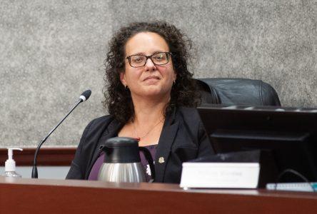 Stéphanie Lacoste réagit à l'abolition d'un poste à la MRC