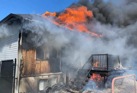 Une résidence est la proie des flammes