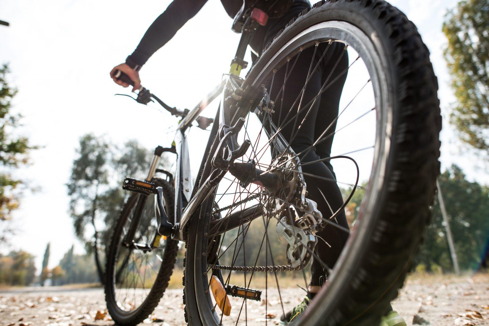 Le vélo électrique, bien plus polluant que le bicycle à pédales? Faux