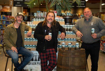 Le groupe Kaïn lance une bière en collaboration avec la microbrasserie Saint-Arnould