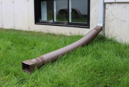 Rejet des eaux pluviales: la Ville émettra des constats d'infraction aux propriétaires récalcitrants