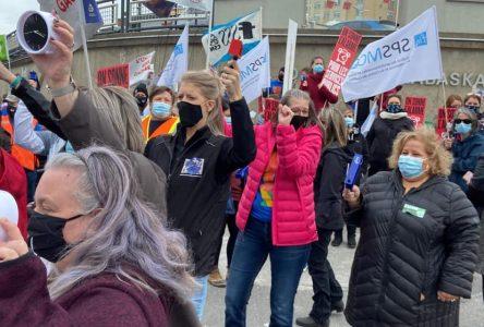 Un an sans convention, des syndiqués de la santé sonnent l'alarme