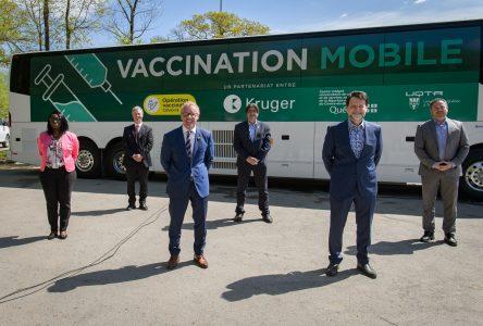 La clinique mobile permet la vaccination de 2577 en un mois