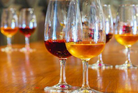 Fête des pères : quatre catégories de vins de dessert à offrir en cadeau
