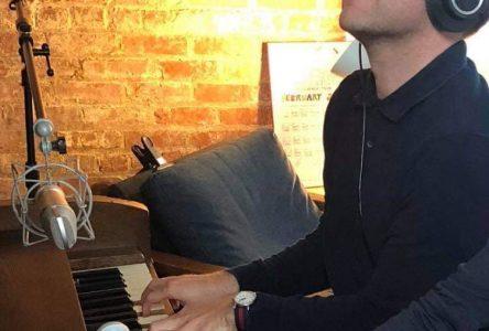 La JCCD présente une conférence virtuelle avec le chanteur Simon Proulx