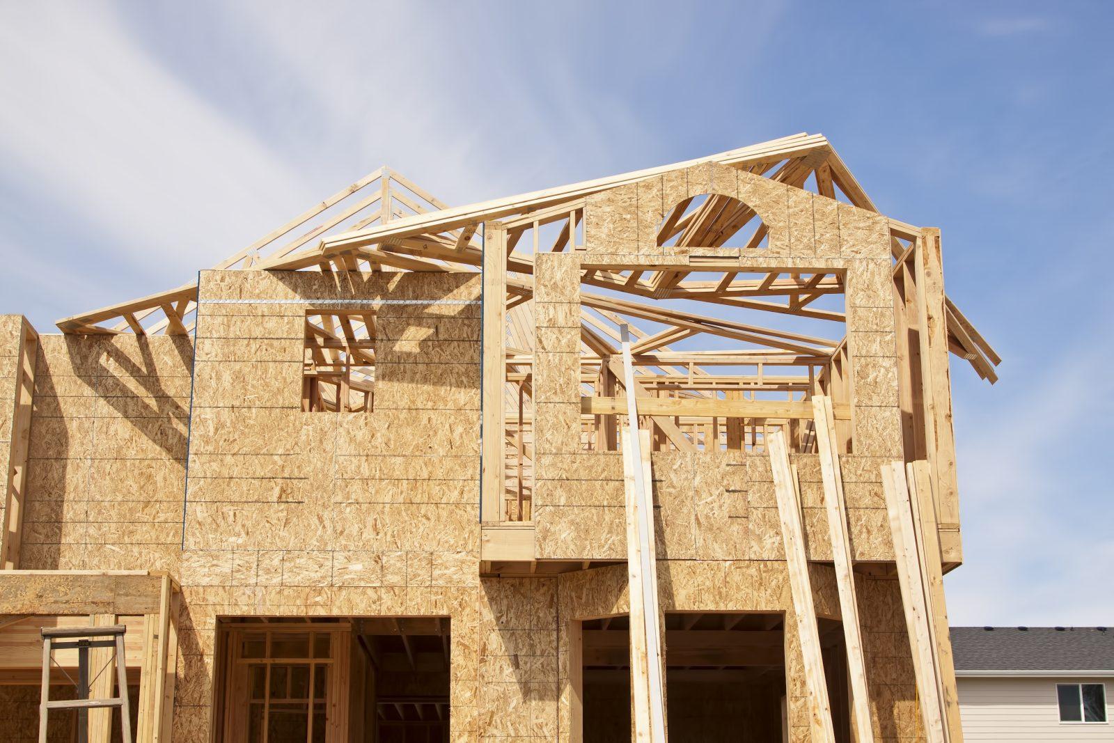 La valeur des permis de construction a bondi de 300 % en un an
