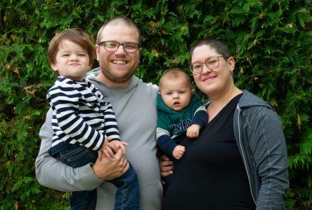 Enceinte d'un troisième enfant, elle lutte contre un cancer