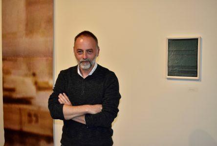 La quête humaine de l'artiste Velibor Božović