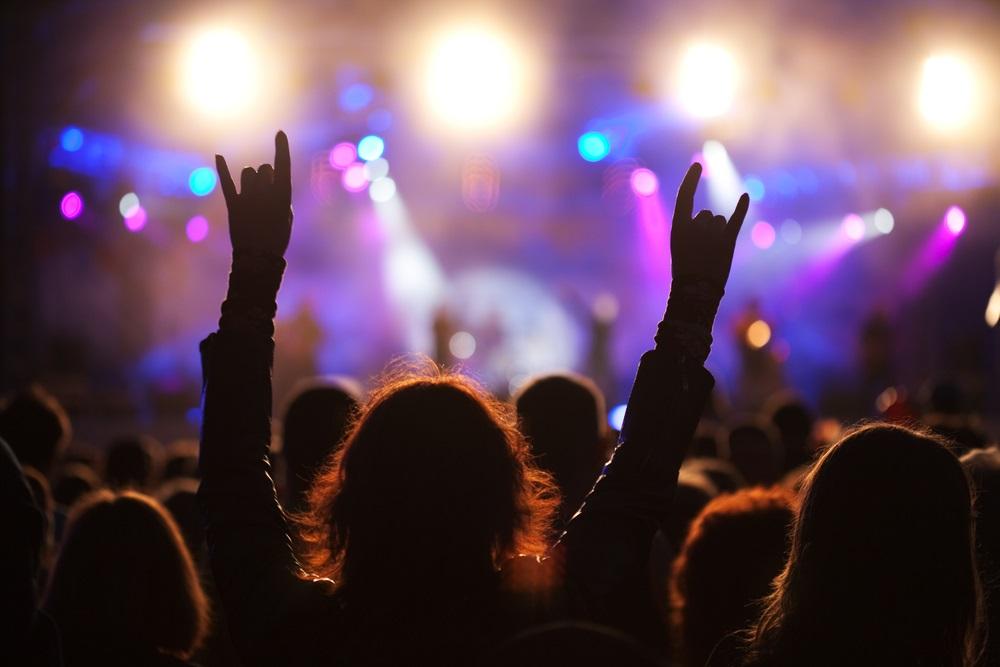 Québec annonce des assouplissements pour les salles de spectacles