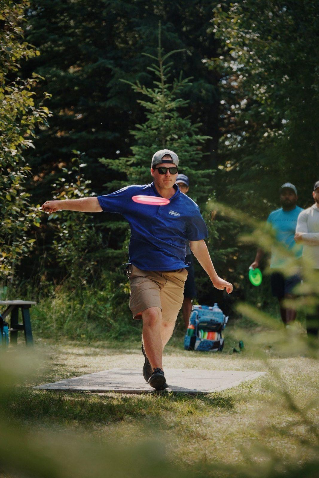 Disque-golf: Charles Blanchette se signale en Alberta