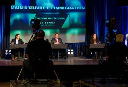 Un premier débat électoral pour les candidats à la mairie de Drummondville